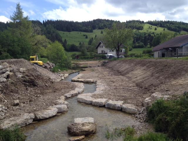 Les travaux de restauration du Drugeon dans la traversée de Bonnevaux